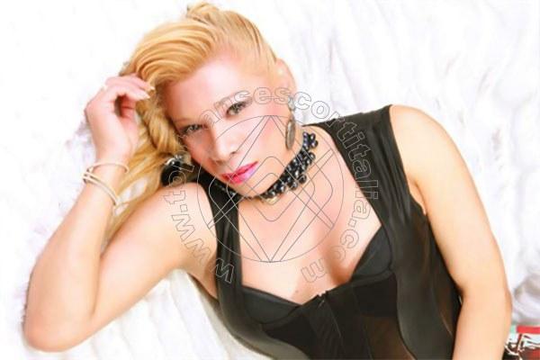 Foto 7 di Leticia Cortez transexescort Stoccarda